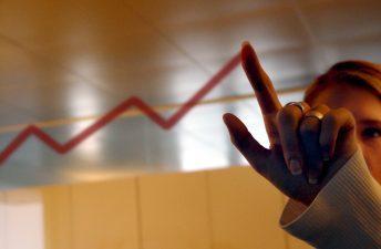 Inflação inicia outubro com leve alta, indica FGV