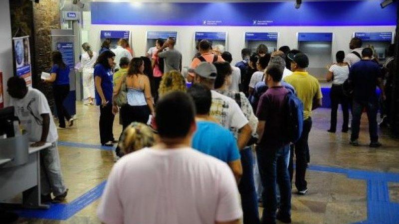 Agências da Caixa abrem duas horas mais cedo até quarta-feira (12)