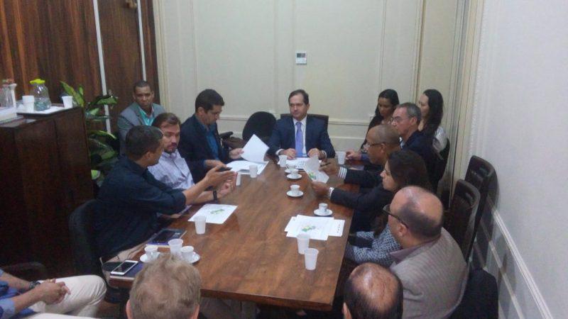 Presidente da CDL Niterói participa de reunião na Alerj sobre PL 1364/16