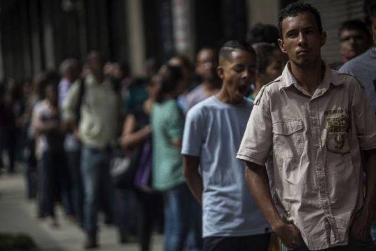 desemprego-brasil-e1477567646160.jpg