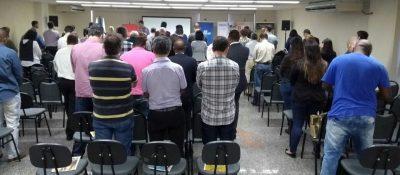 08/08 – Participantes aprendem dicas para atrair clientes no e-commerce durante Café Empresarial