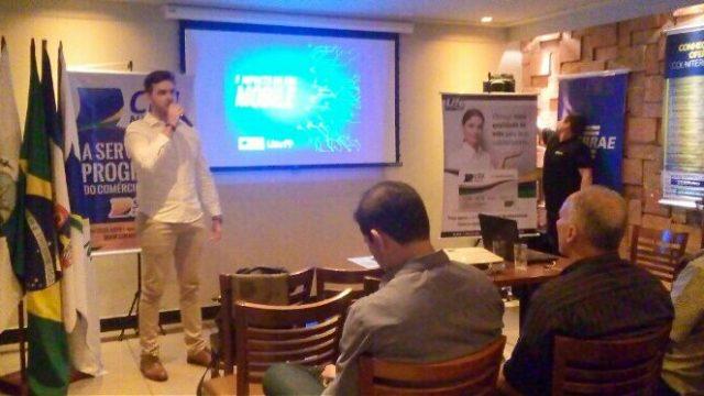 06/10 – Café Empresarial na Região Oceânica aborda o impacto da era mobile nas vendas